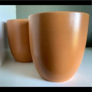 Set of 2 Orange Kane stoneware mugs